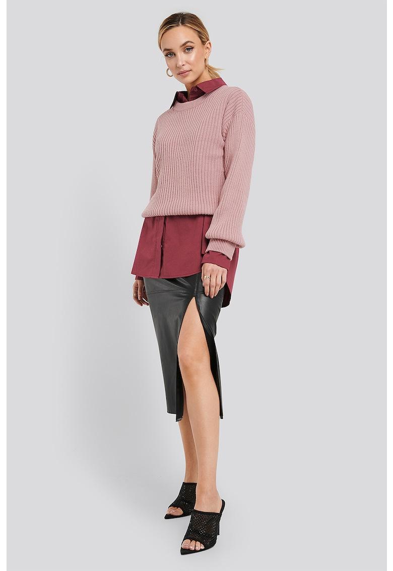Pulover tricotat din amestec de lana cu aspect striat