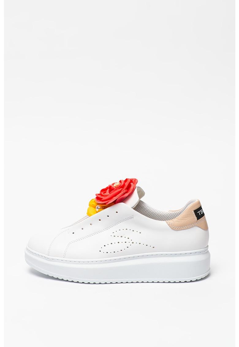 Pantofi sport slip-on de piele cu aplicatii florale Agata imagine