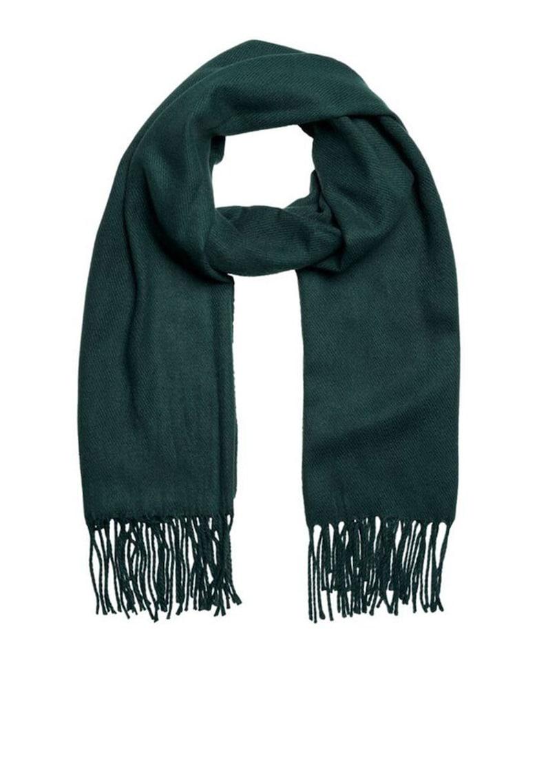 Fular tricotat cu franjuri