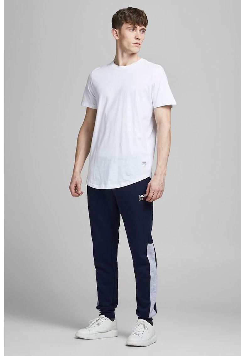 Pantaloni jogger slim fit cu model colorblock imagine