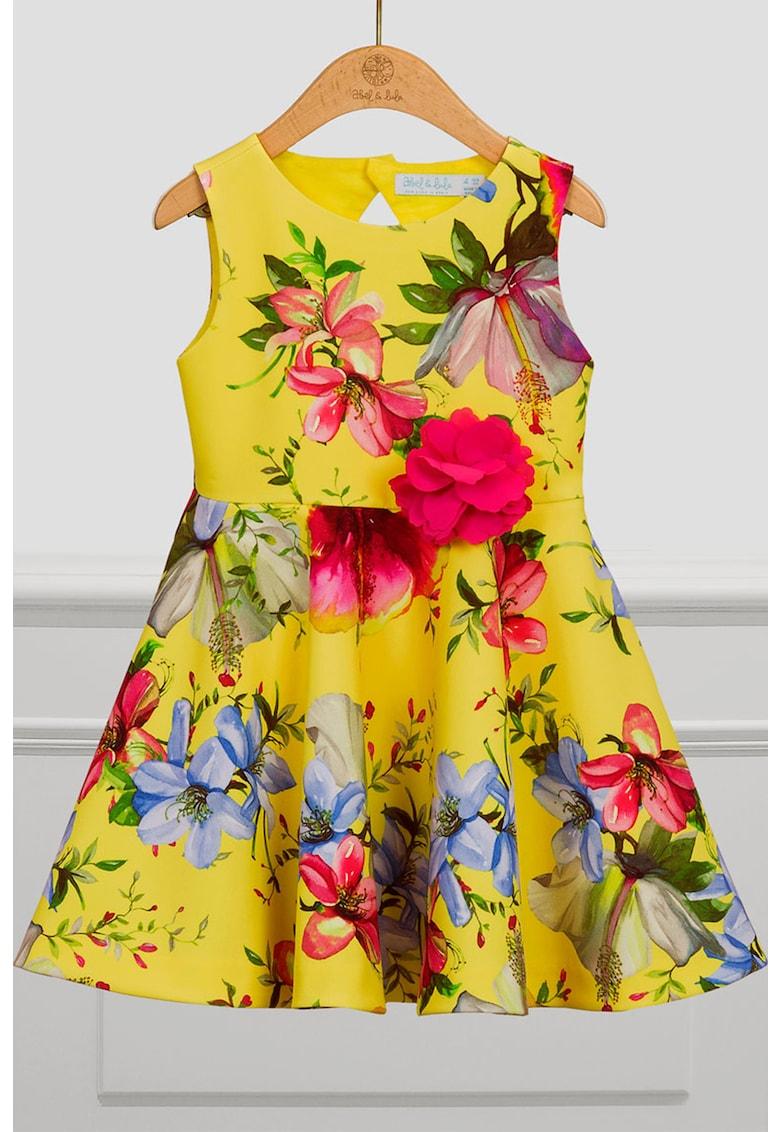 Rochie cu model floral si decupaj pe partea din spate imagine promotie