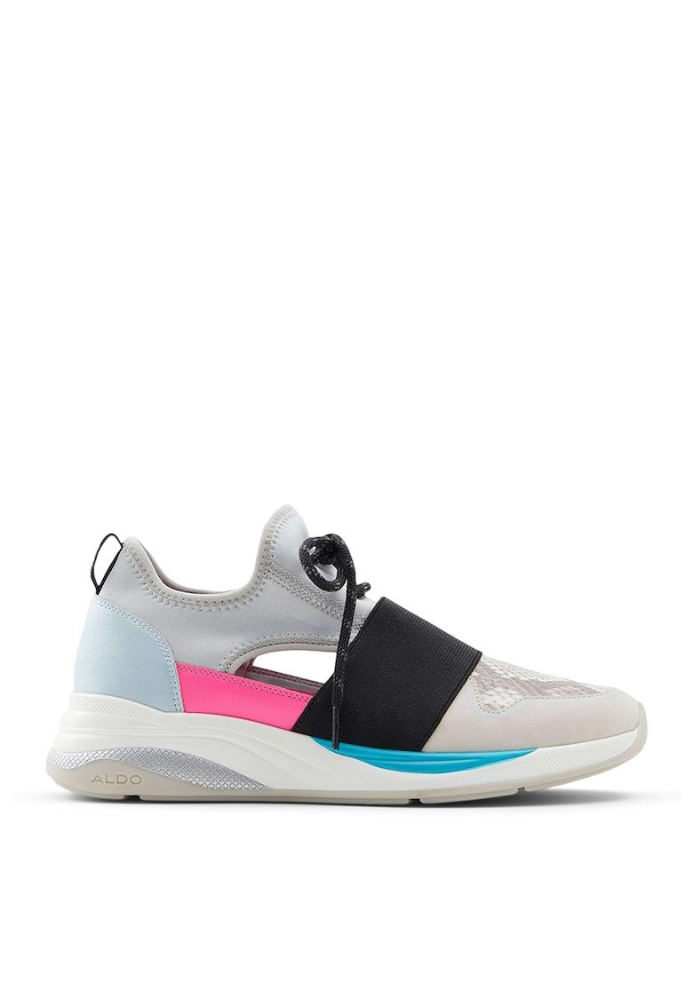 Pantofi slip-on cu detalii decupate Dwievia