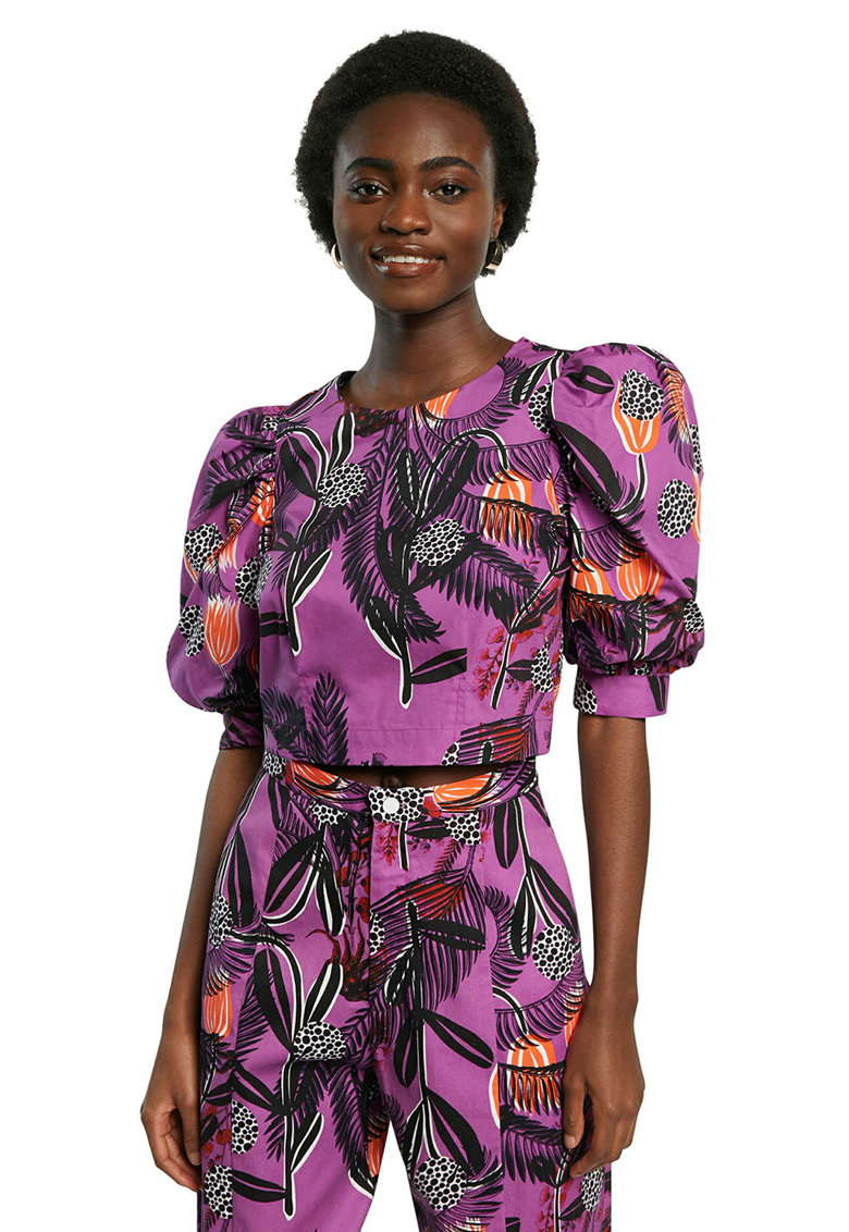 Bluza crop cu model tropical imagine fashiondays.ro DESIGUAL