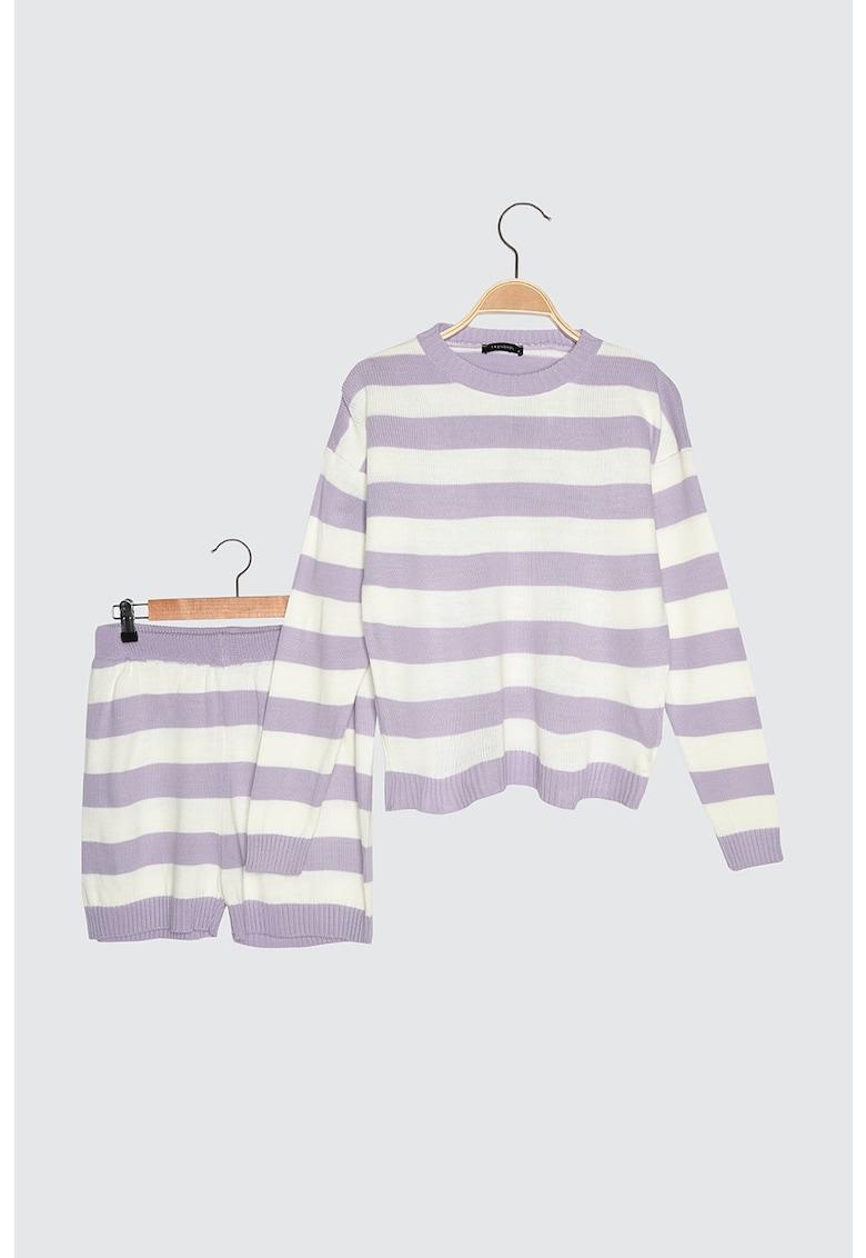 Set de pulover si pantaloni scurti in dungi - 2 piese poza fashiondays