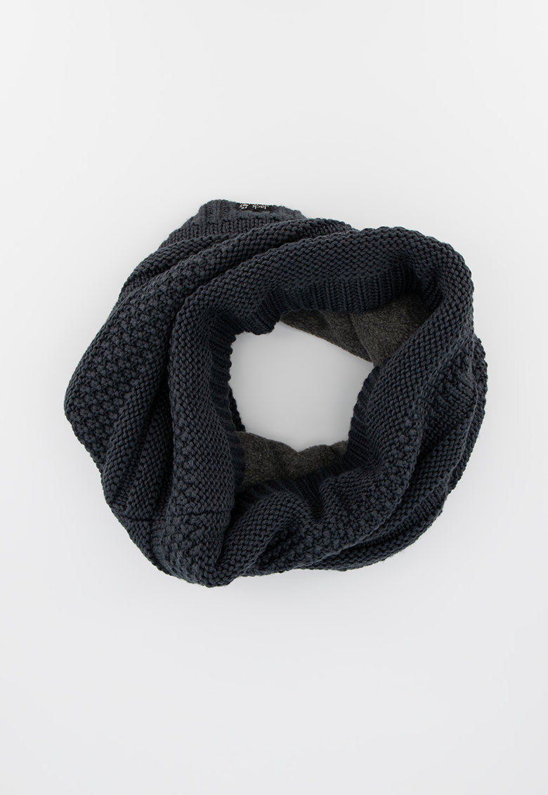 Fular tricotat din amestec de lana cu captuseala din fleece pe partea din spate White Rock imagine fashiondays.ro 2021