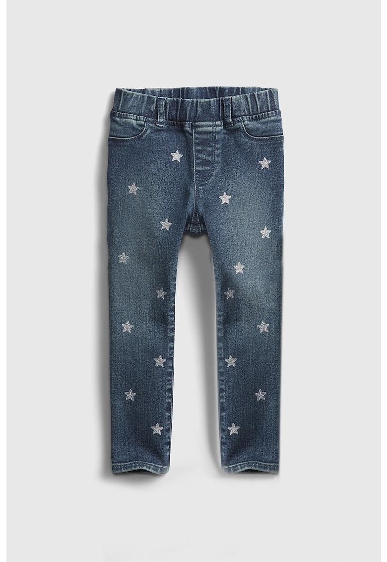 Blugi cu imprimeu cu stele GAP fashiondays.ro