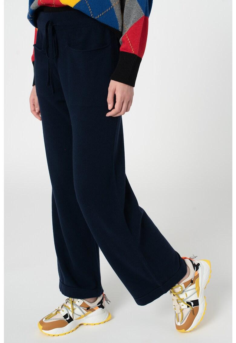 Pantaloni tricotati fin din amestec de lana imagine