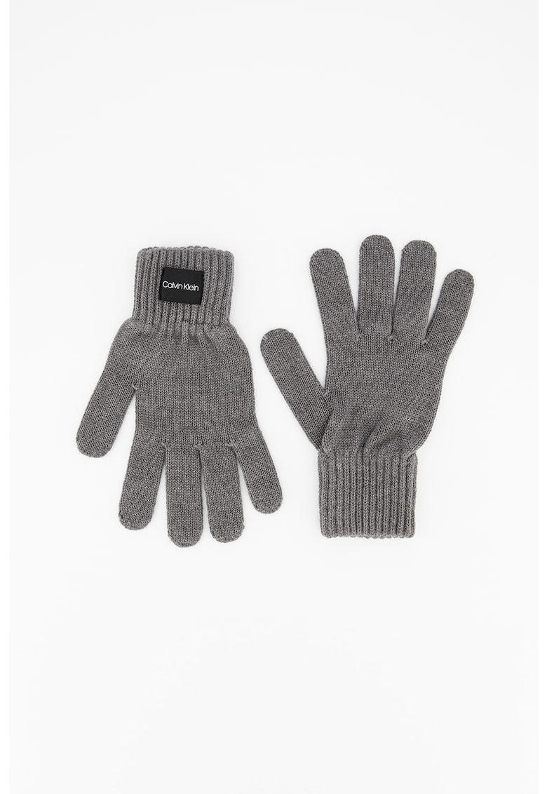 Manusi tricotate fin cu garnitura striata imagine