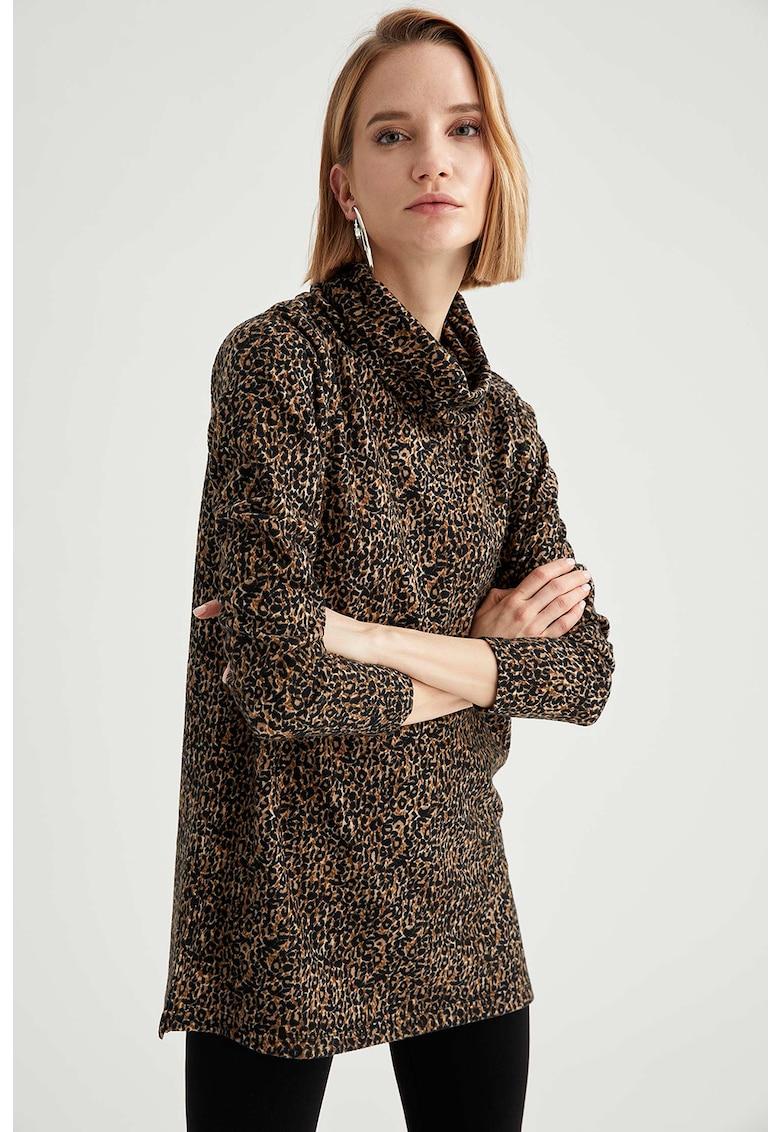 Bluza cu animal print si slituri laterale