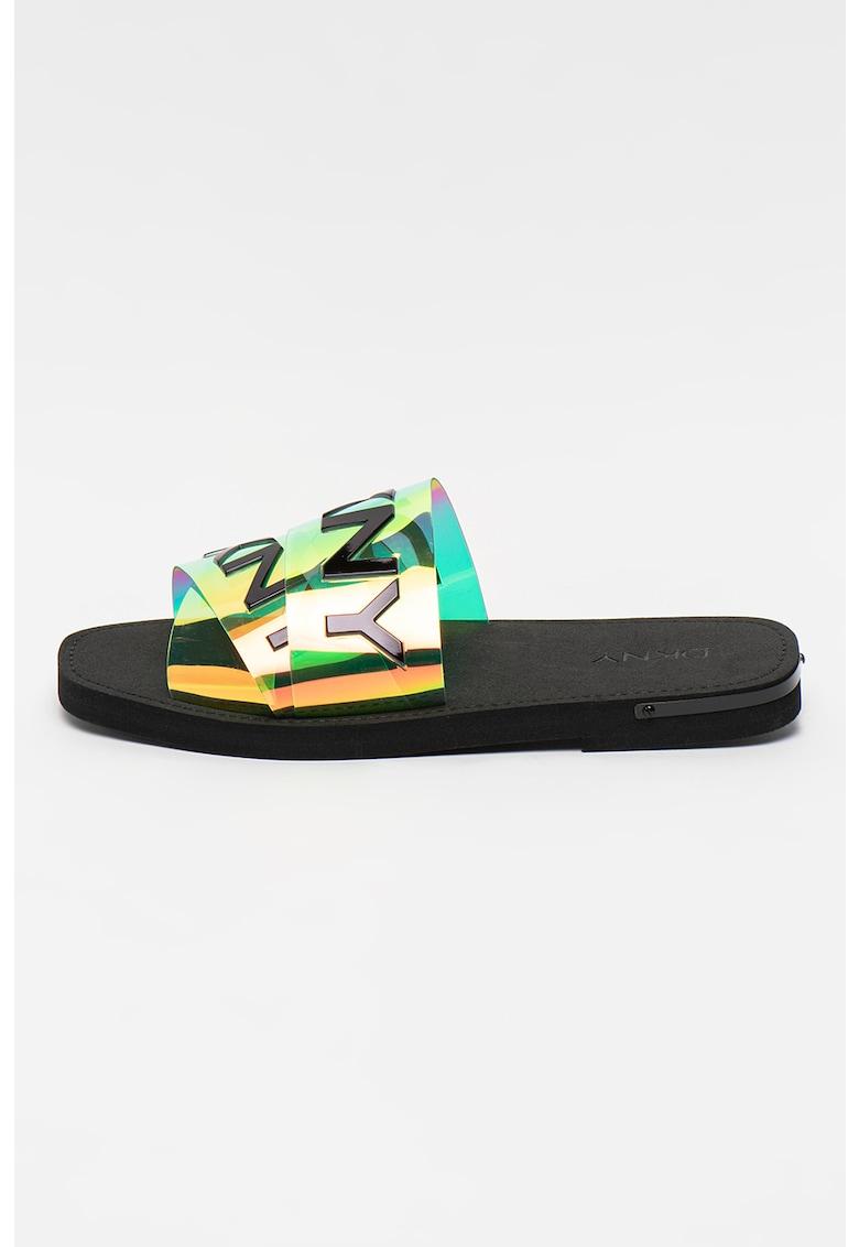 Papuci cu aplicatie logo Isha imagine fashiondays.ro DKNY