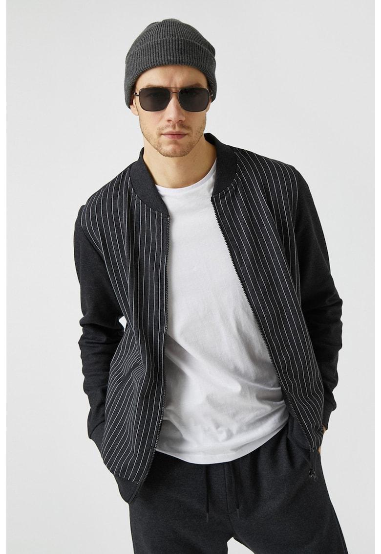Bluza sport din jerseu cu fermoar si model cu dungi imagine fashiondays.ro 2021