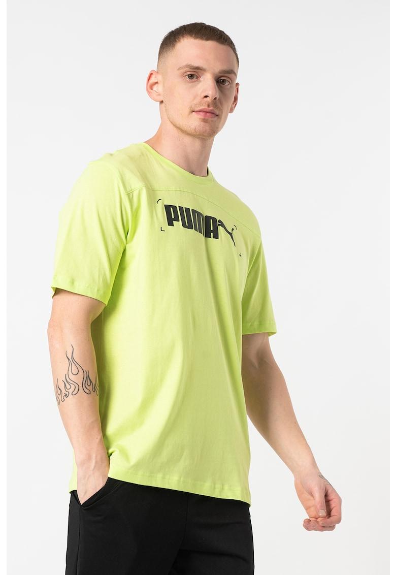 Tricou cu decolteu la baza gatului si imprimeu logo Nu-Tility Bărbați imagine