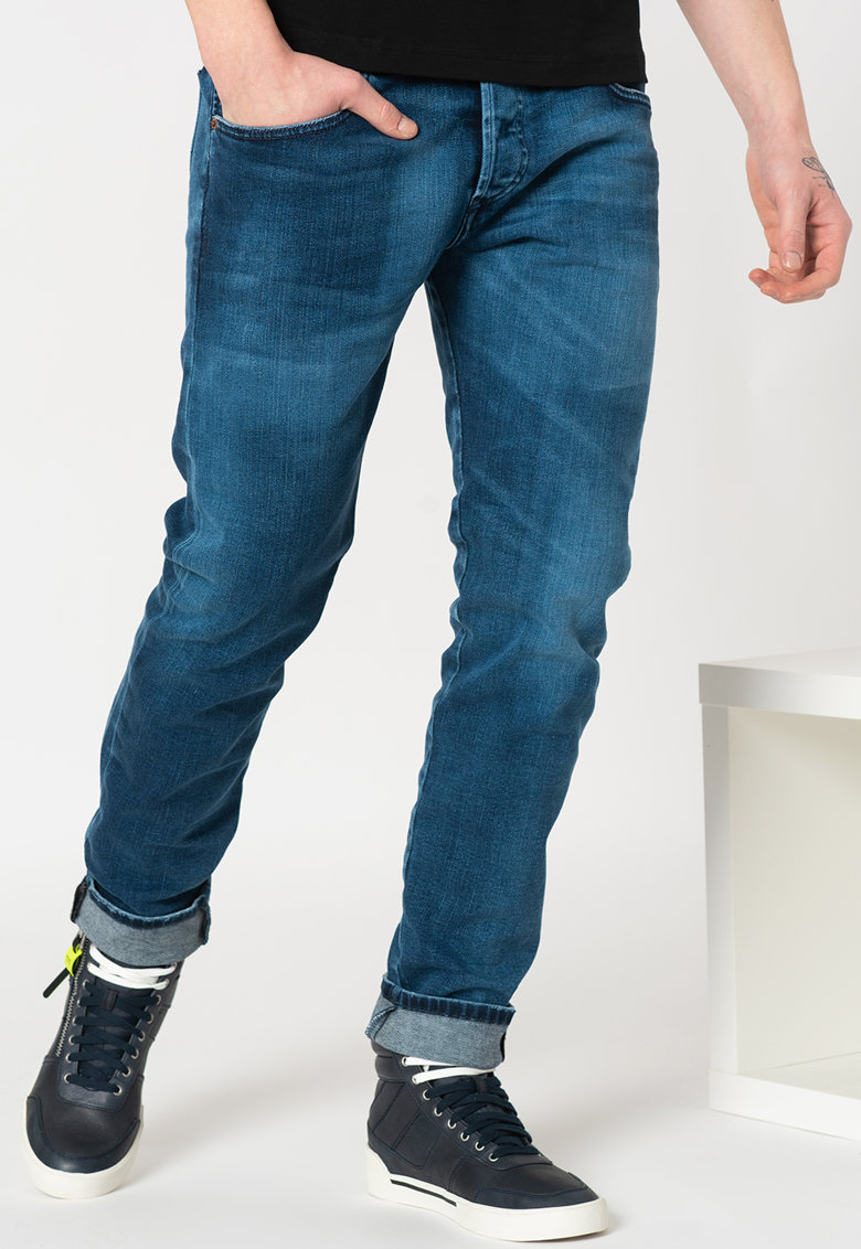 Blugi conici Bazer imagine fashiondays.ro Diesel
