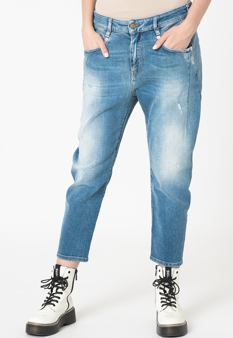 Blugi boyfriend crop Fayza imagine fashiondays.ro Diesel