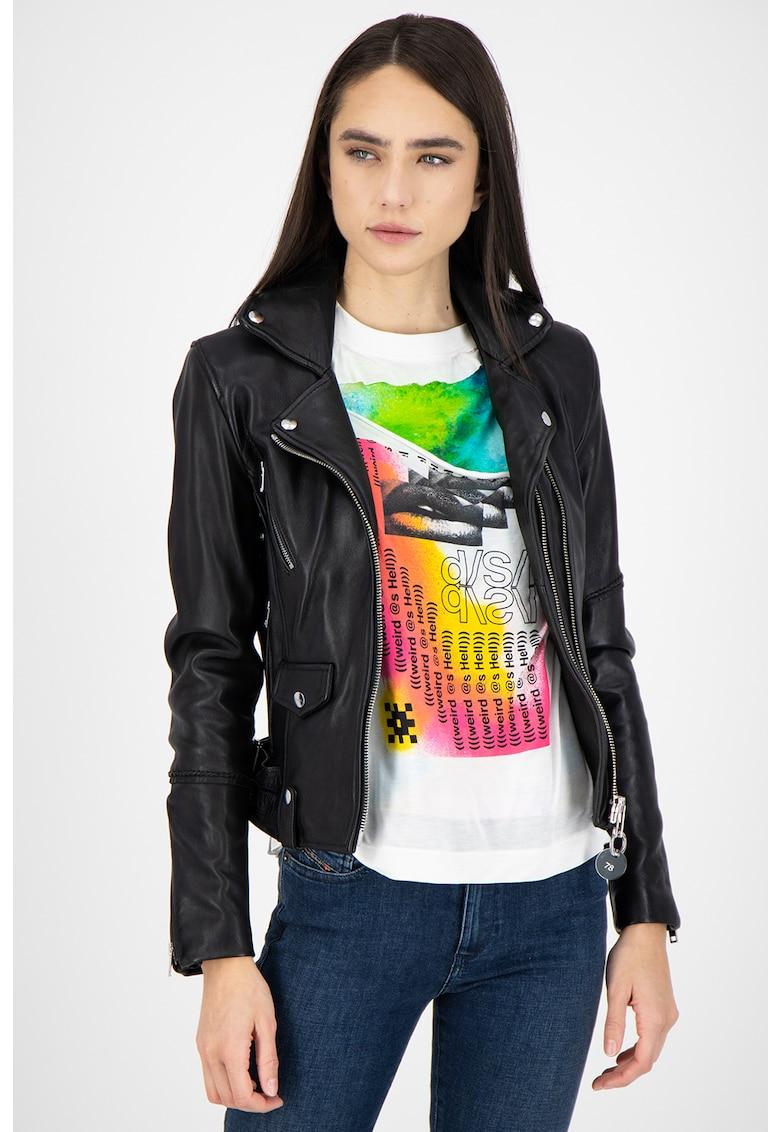 Jacheta de piele cu aplicatii cu nituri