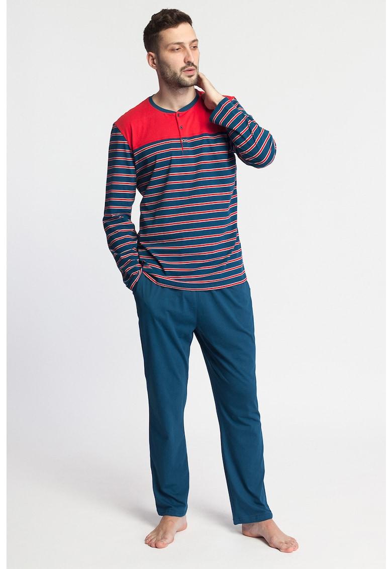 Pijama cu bluza cu model in dungi Fabian