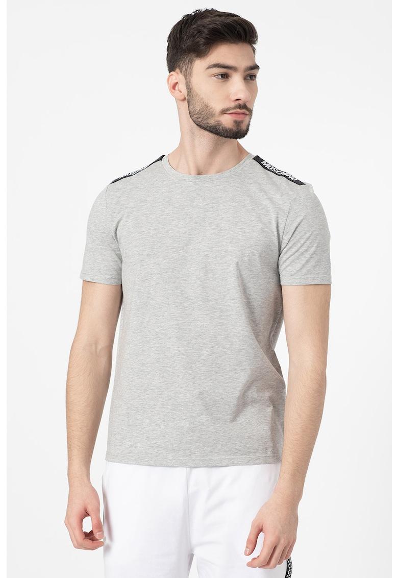 Set de tricouri de casa - 2 piese imagine fashiondays.ro 2021