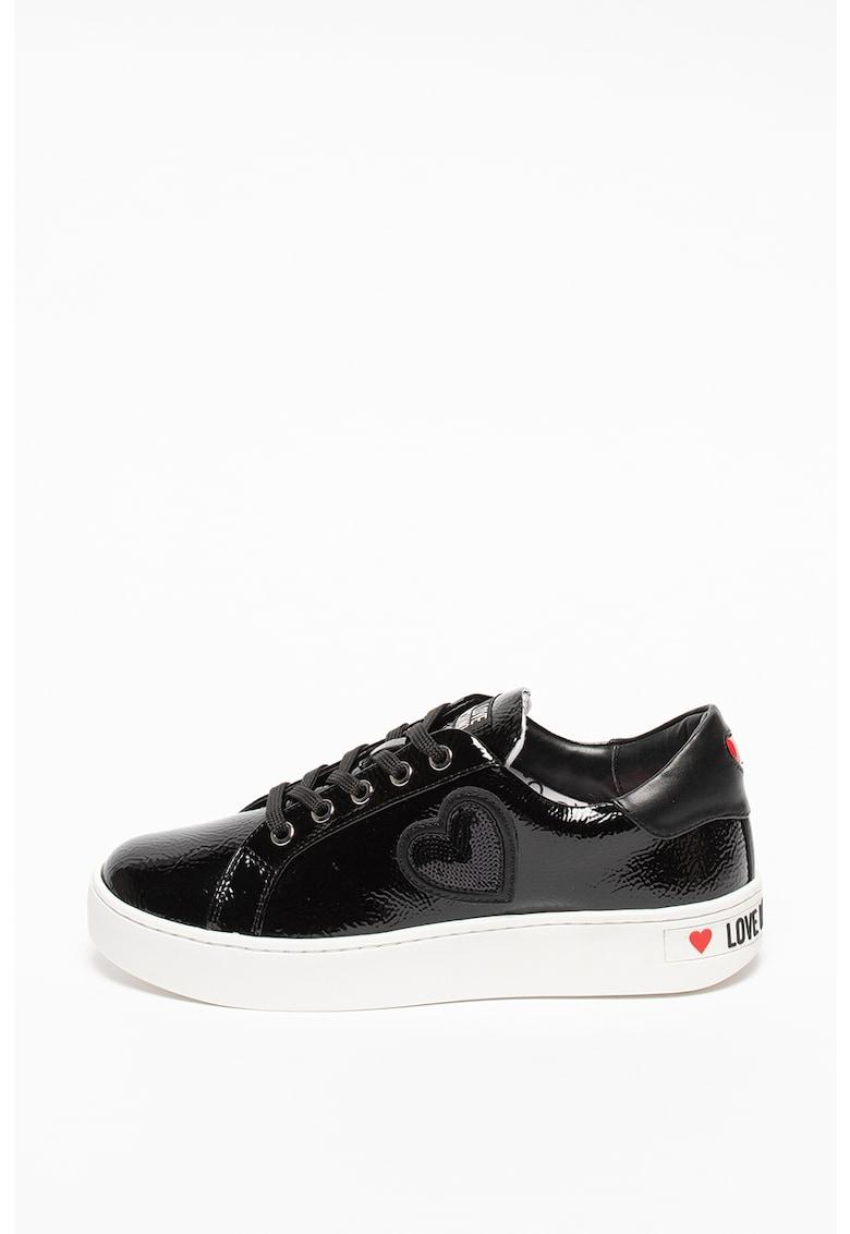 Pantofi sport din piele sintetica lacuita cu aplicatie in forma de inima cu paiete Love Moschino fashiondays.ro
