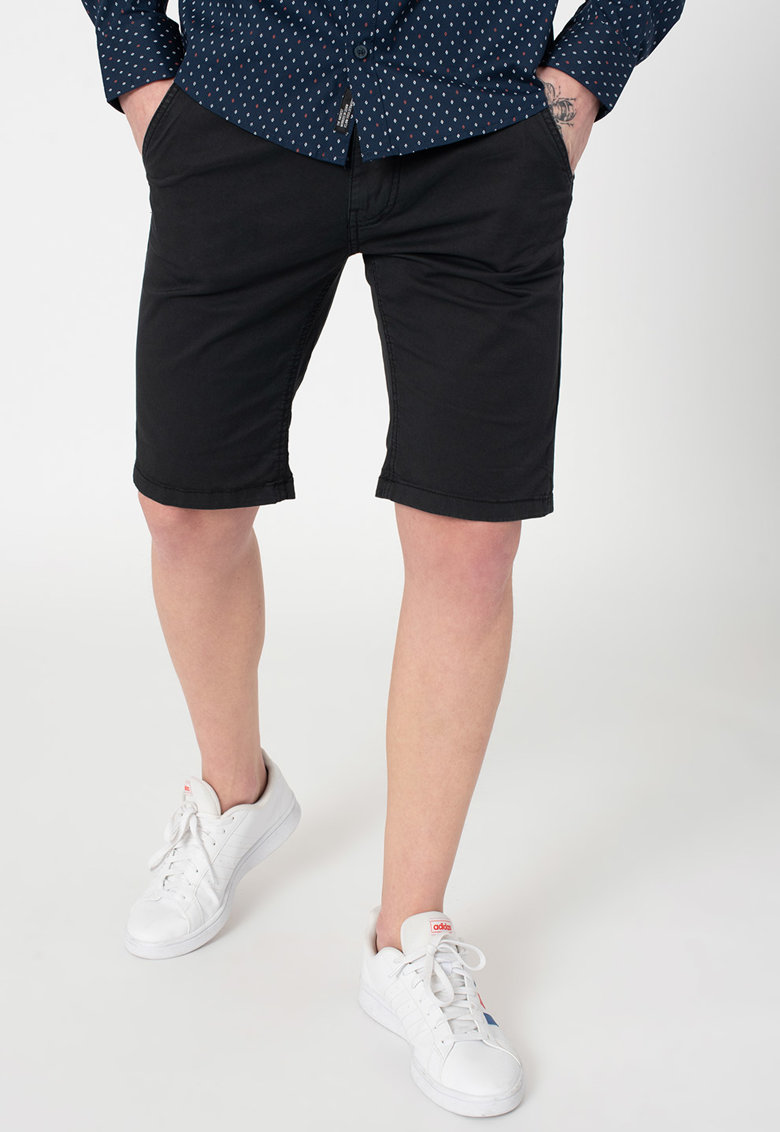 Pantaloni scurti slim fit imagine fashiondays.ro