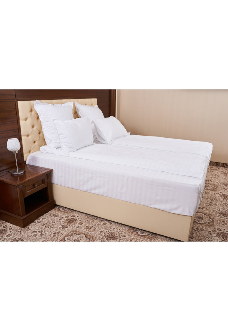 Lenjerie de pat pentru doua persoane - Damasc thumbnail