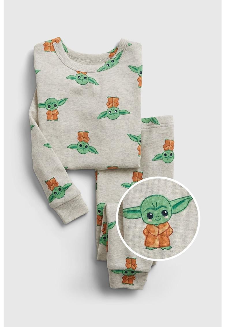 Pijama cu model StarWars™ Baby Yoda imagine fashiondays.ro 2021