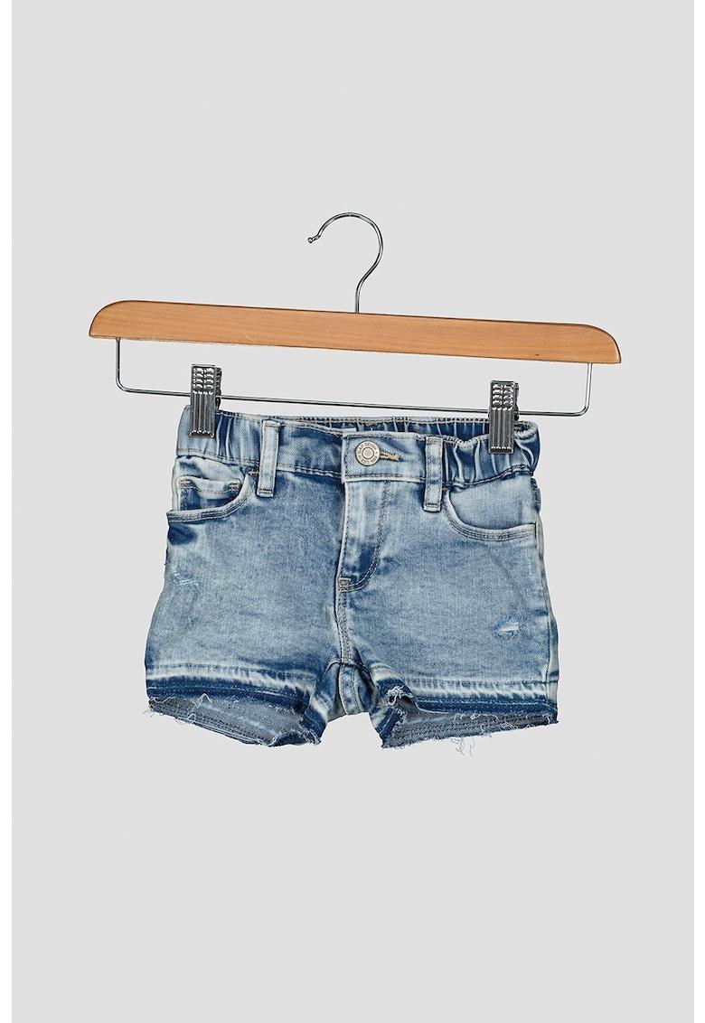 Pantaloni scurti de denim cu aspect decolorat imagine fashiondays.ro 2021