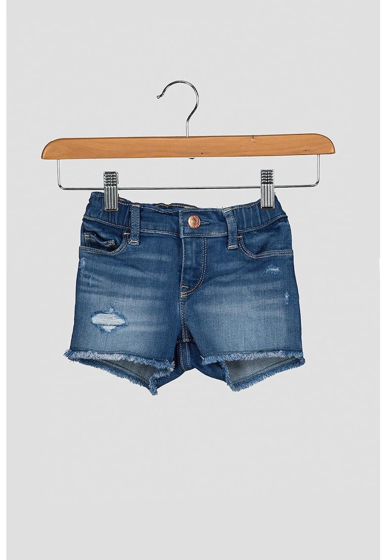 GAP Pantaloni scurti de denim cu margini franjurate