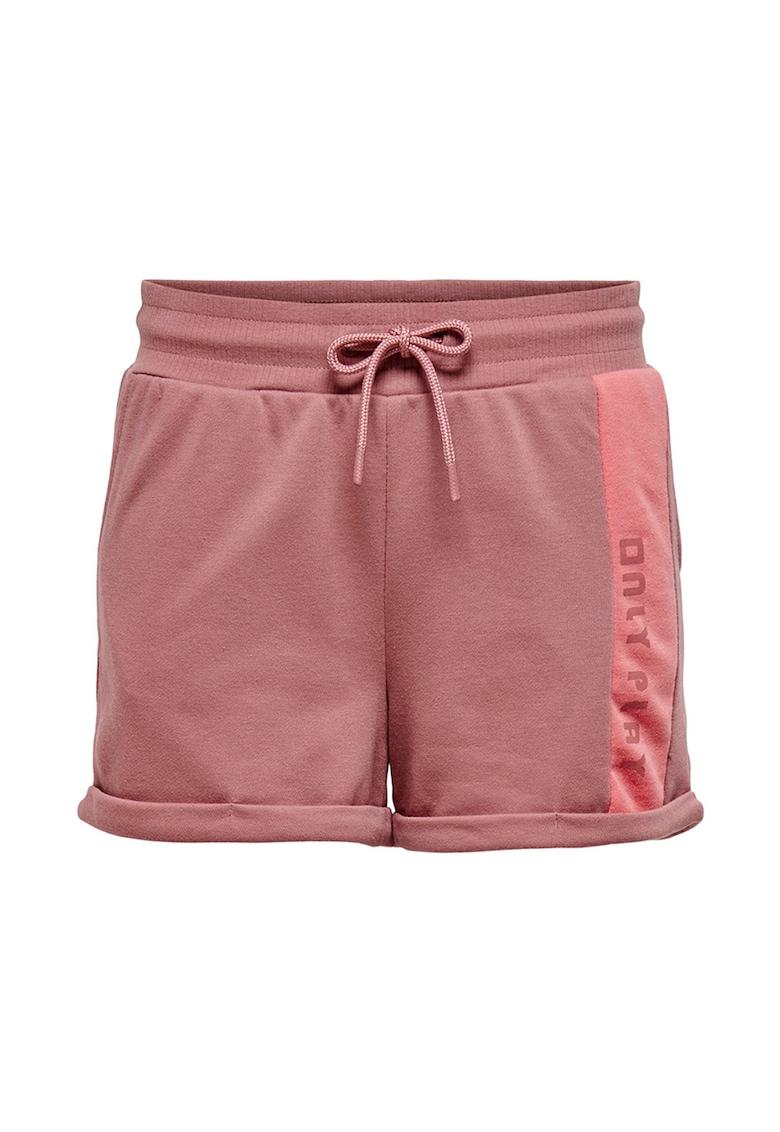 Pantaloni scurti cu snur de ajustare de la Only Play