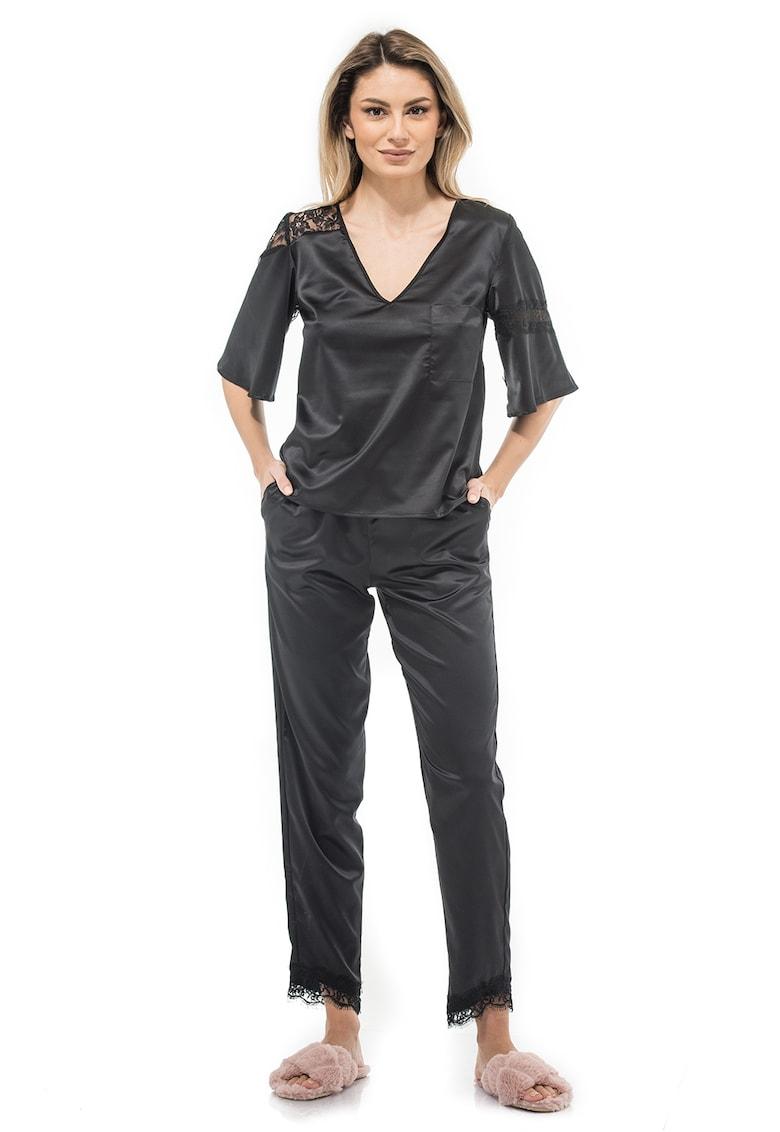 Bluza din satin cu garnituri de dantela Aryan imagine fashiondays.ro CASA DE MODA VIGO
