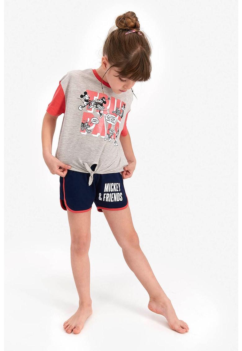 Pijama cu imprimeu si pantaloni scurti imagine fashiondays.ro 2021