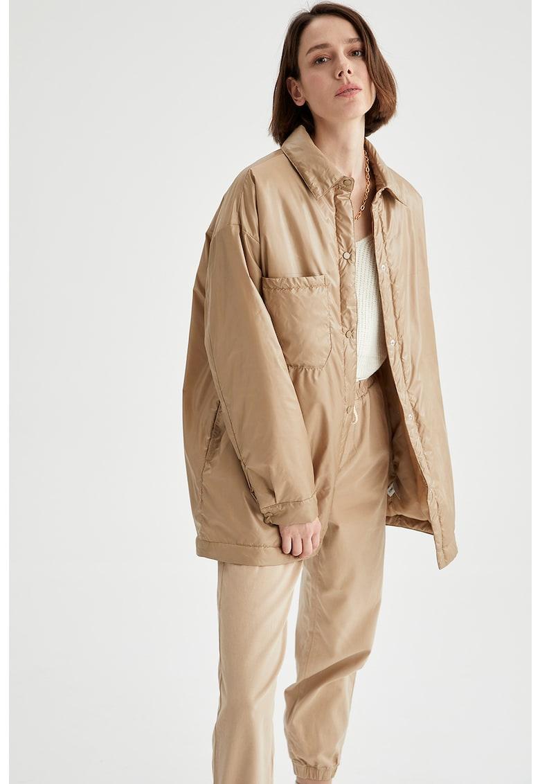 Jacheta usoara cu croiala lejera imagine