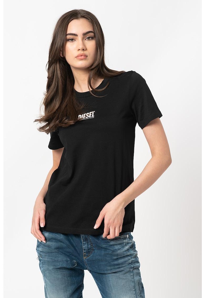 Tricou cu decolteu la baza gatului si imprimeu logo Sily poza fashiondays