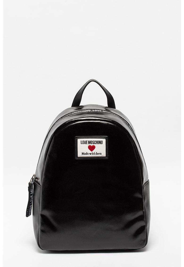 Rucsac de piele ecologica cu aplicatie logo Love Moschino fashiondays.ro