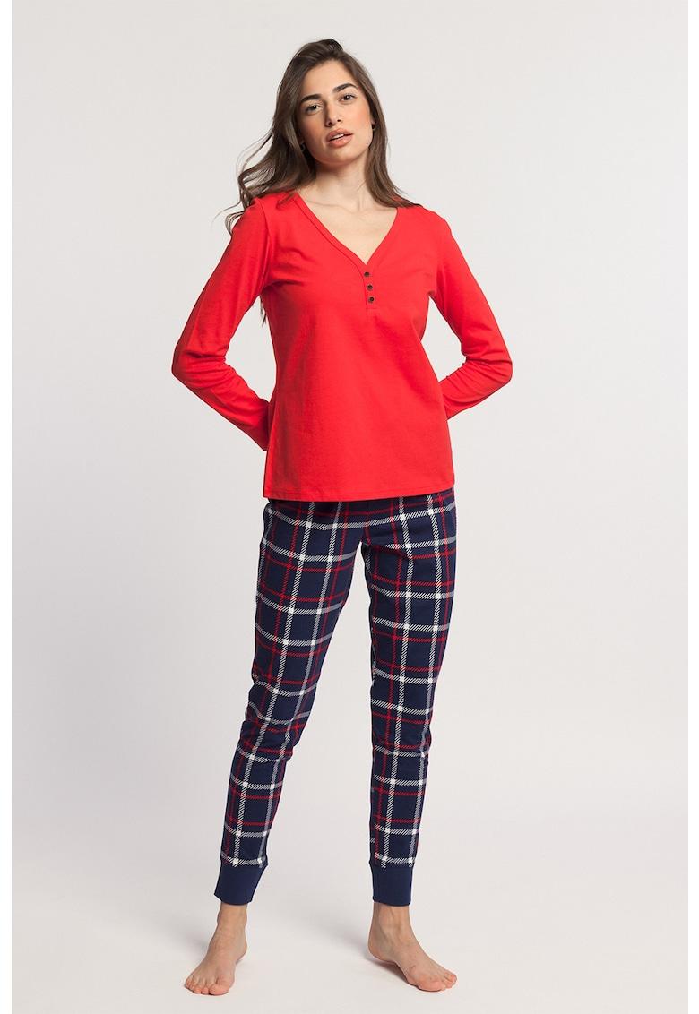 Pijama cu pantaloni in carouri Dilan imagine