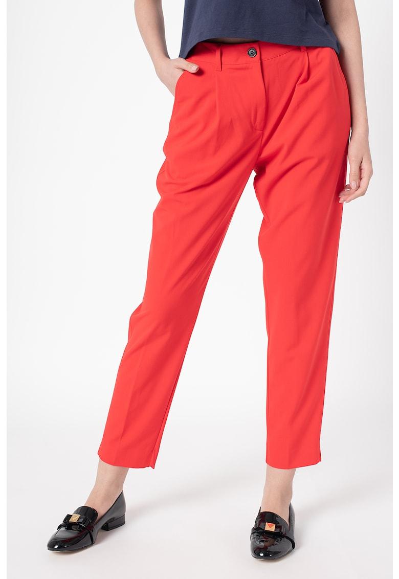 Pantaloni conici cu banda cu logo in talie