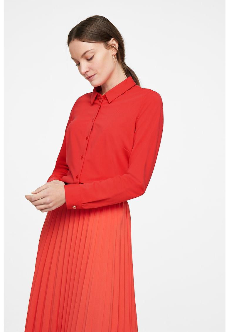 Camasa regular fit cu guler ascutit imagine fashiondays.ro comma,,