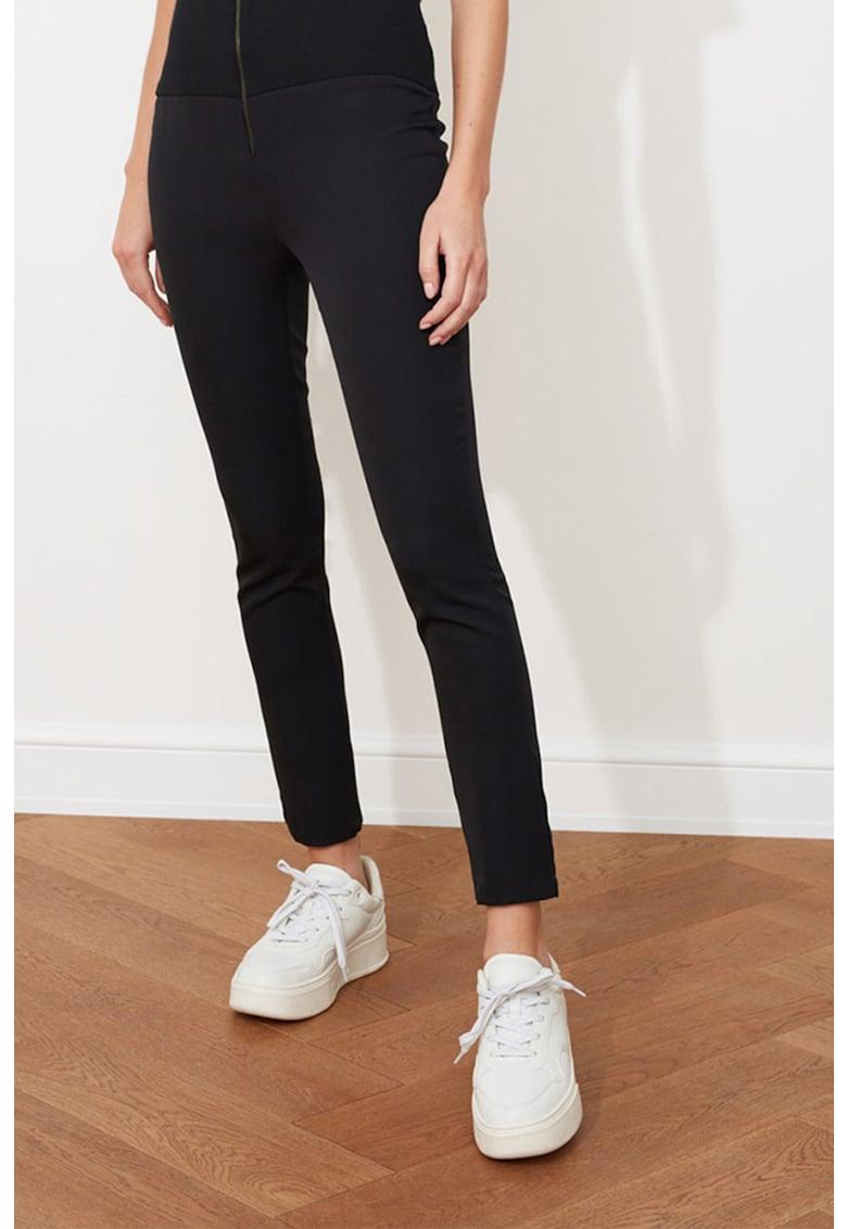 Pantaloni cu talie inalta imagine