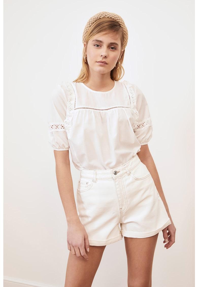 Bluza cu maneci scurte si decupaje imagine fashiondays.ro