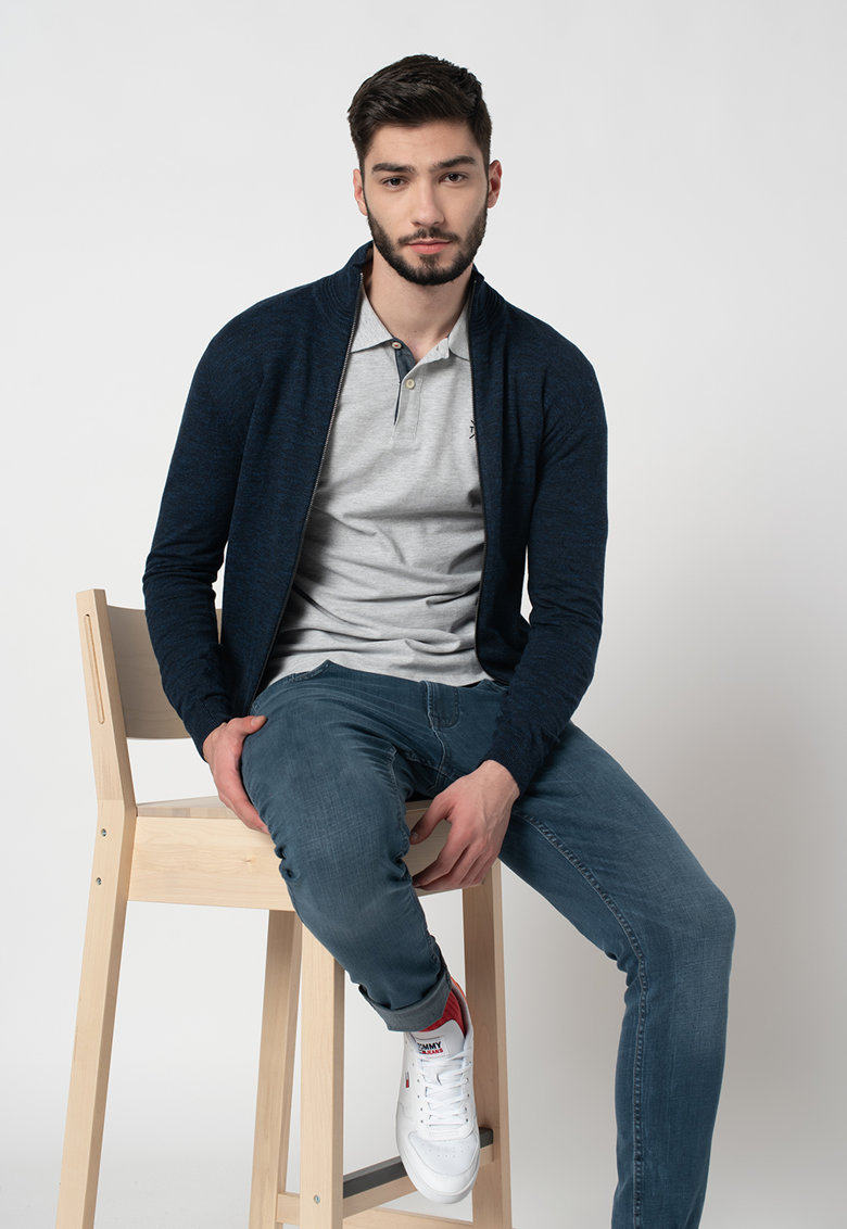 Cardigan tricotat fin cu fermoar