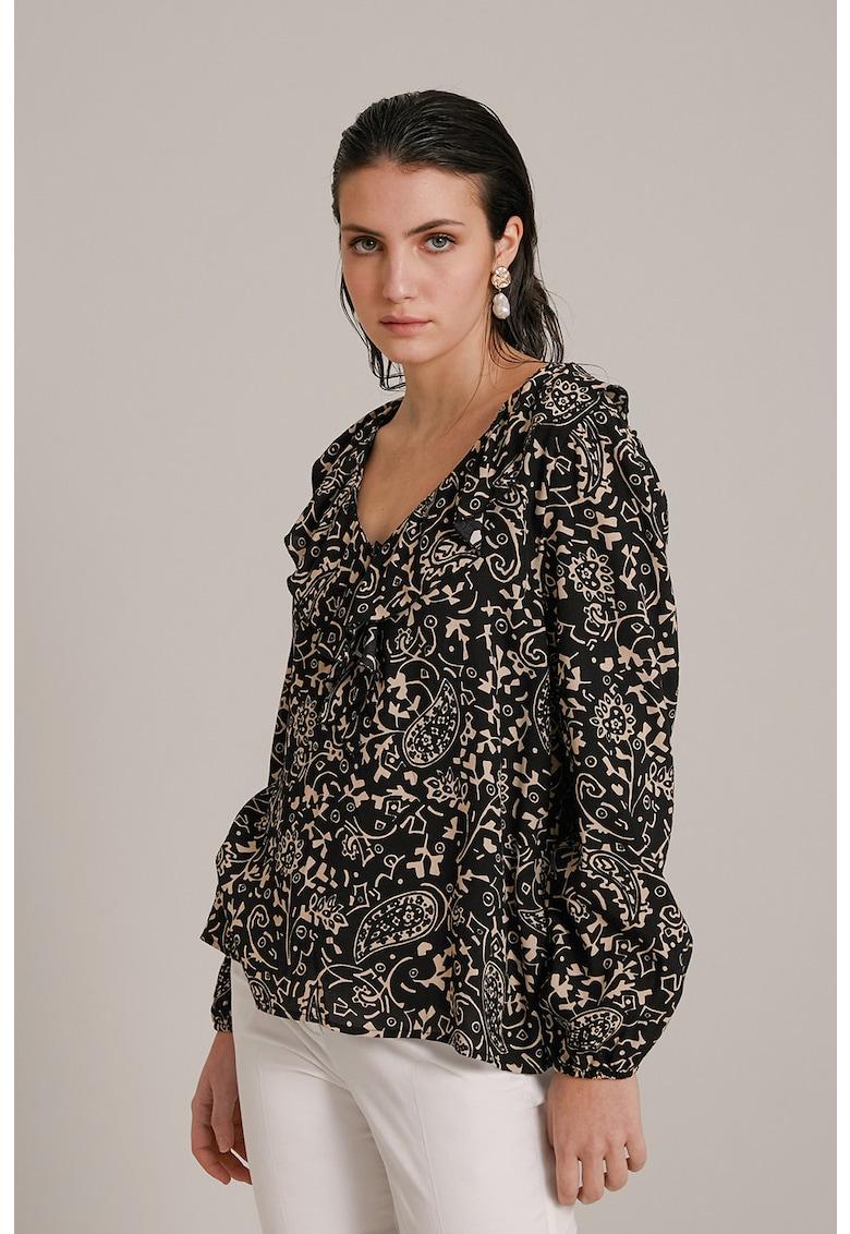 Bluza cu imprimeu si decolteu in V fashiondays.ro