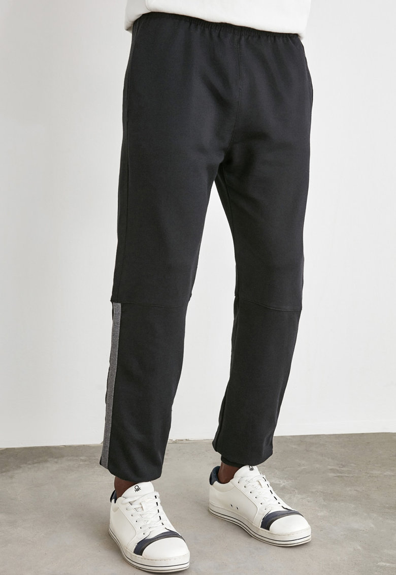 Pantaloni sport conici