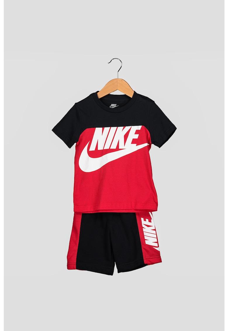 Set de tricou cu model colorblock si pantaloni scurti cu logo Amplify poza fashiondays
