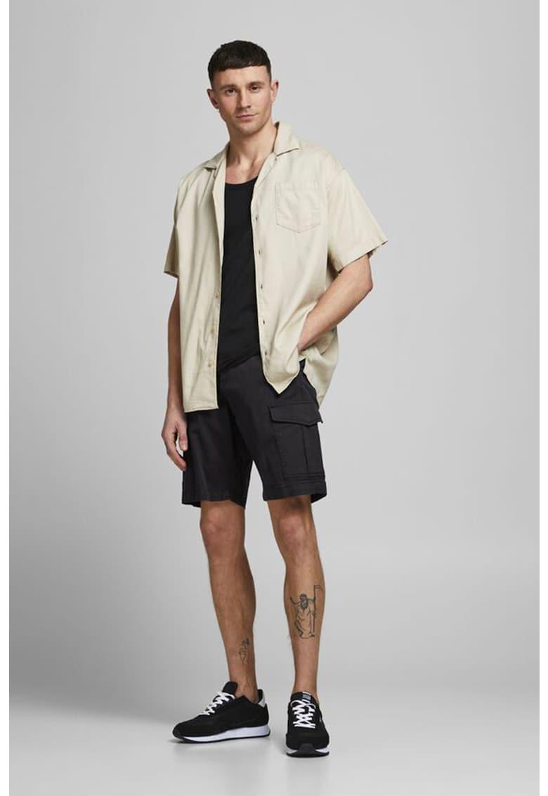 Bermude cargo cu buzunare oblice imagine fashiondays.ro Jack&Jones