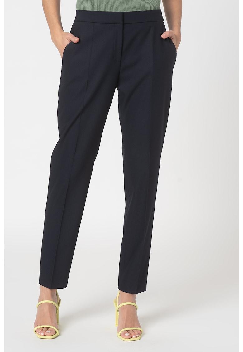 Pantaloni eleganti cu logo brodat in talie