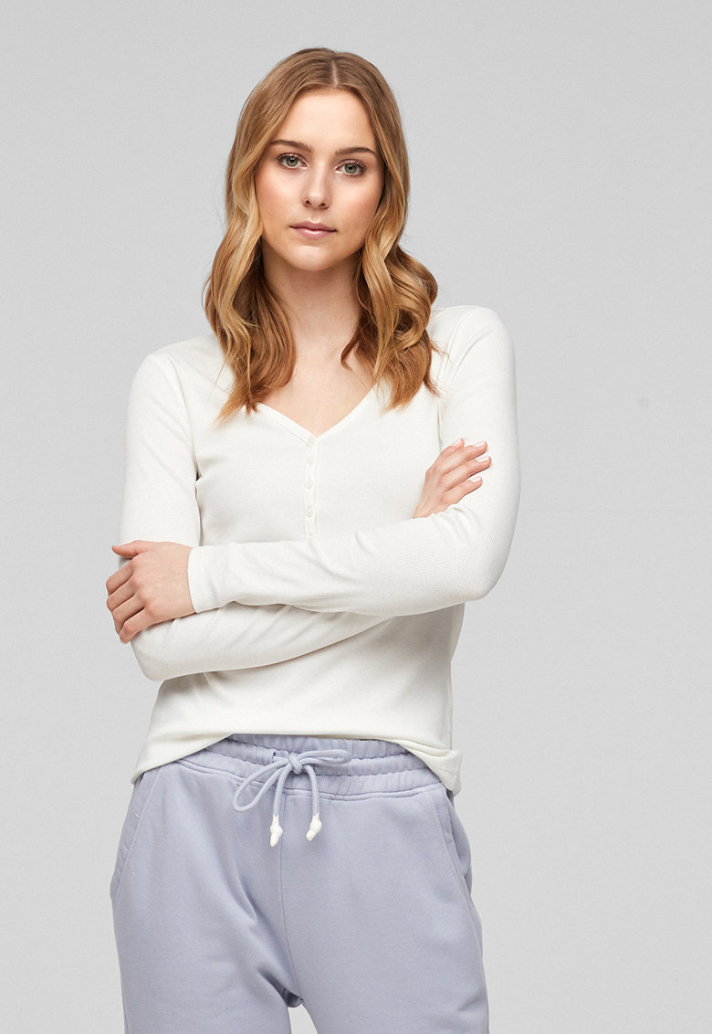 Bluza cu decolteu in V imagine fashiondays.ro s.Oliver