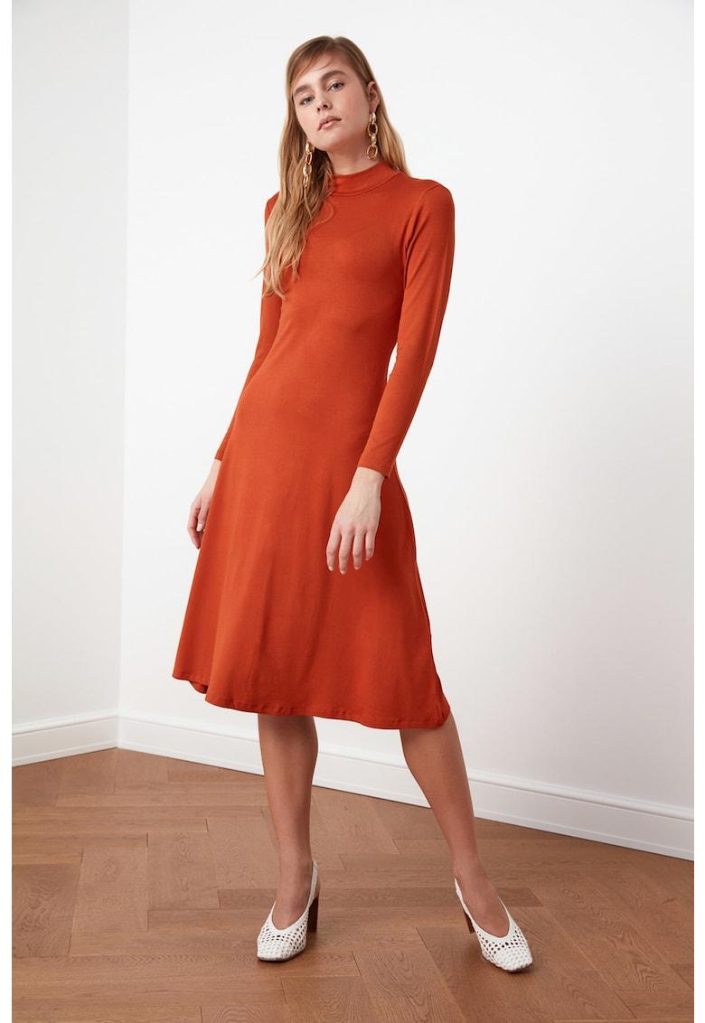 Rochie midi asimetrica imagine fashiondays.ro