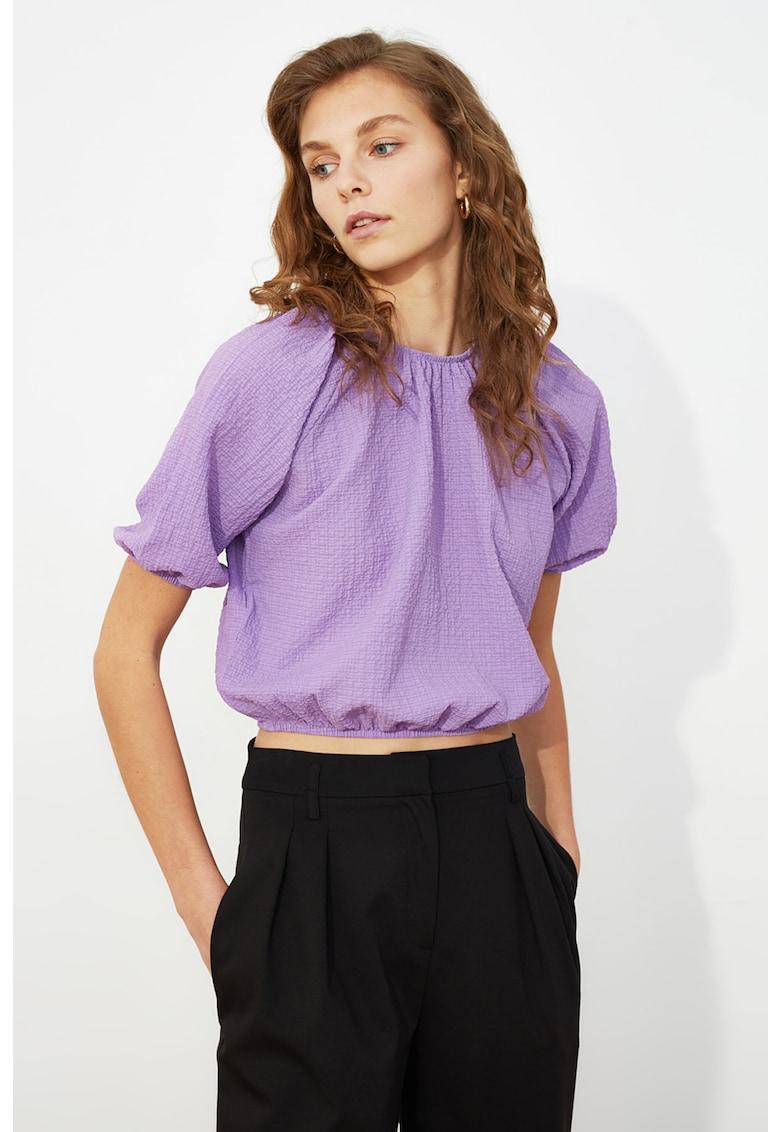 Bluza crop cu fronseuri imagine fashiondays.ro Trendyol