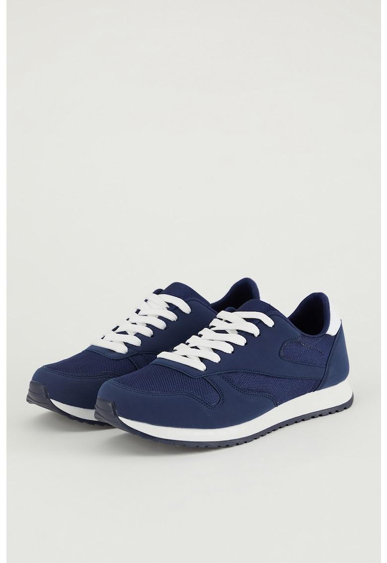 Pantofi sport de piele ecologica si material textil imagine fashiondays.ro