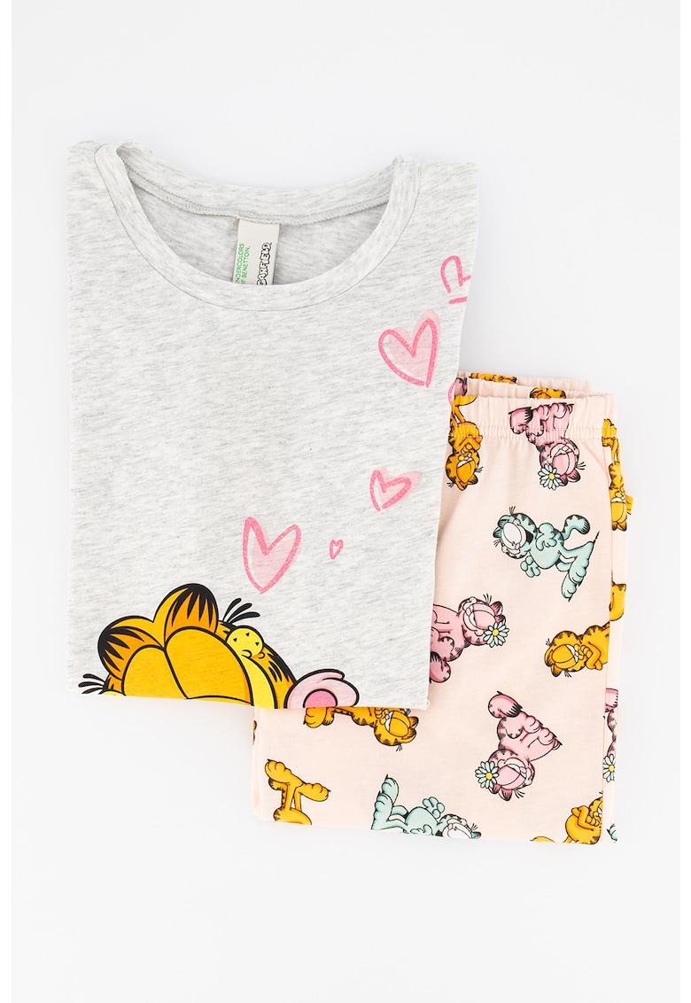 Pijama de bumbac cu model Garfield imagine fashiondays.ro 2021