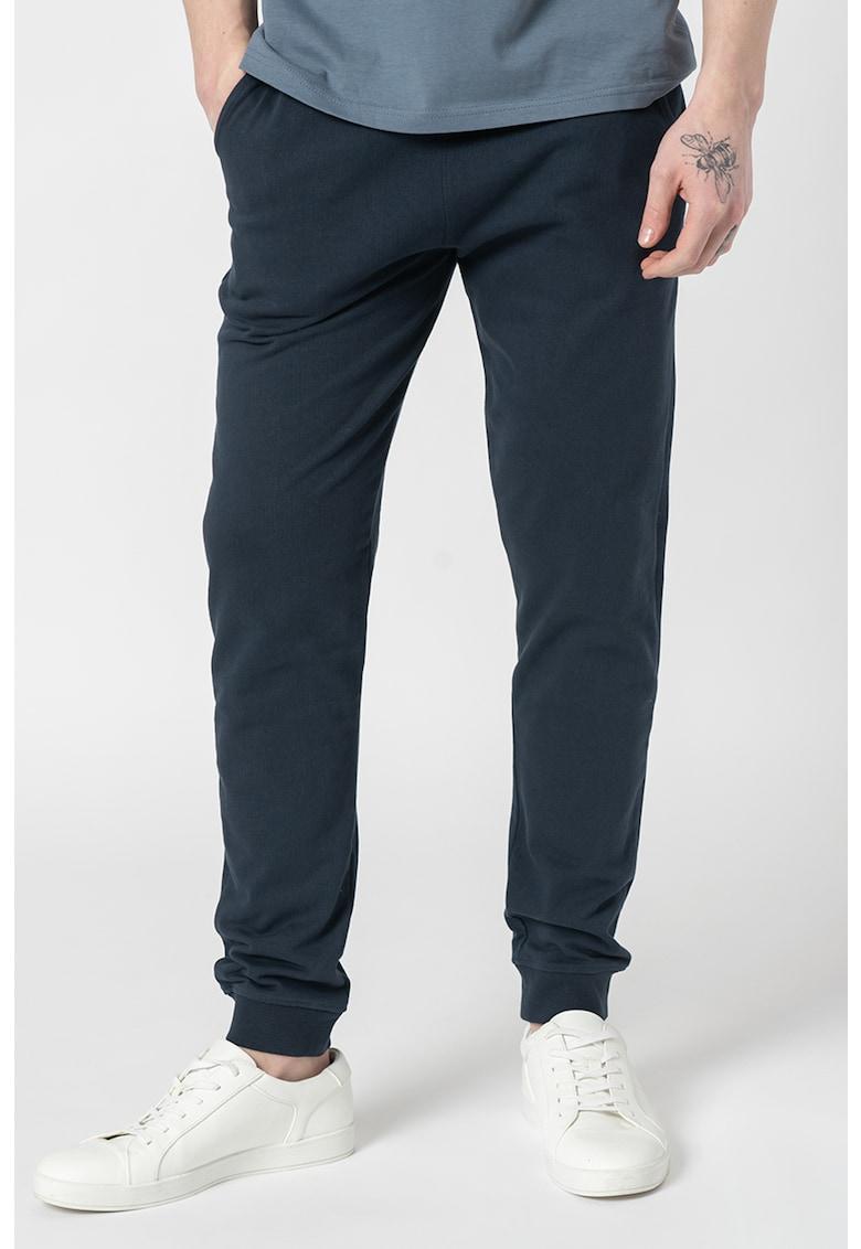 Pantaloni jogger din amestec de bumbac organic Morgan de la Solid